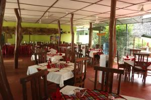GKG Cottage And Restaurant, Bed and breakfasts  Habarana - big - 23
