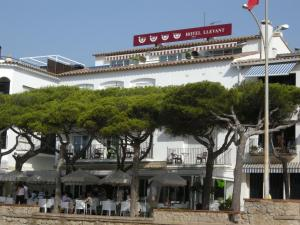 Hotel Llevant - 2 of 24