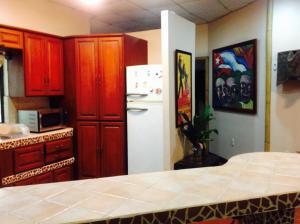 Deluxe Family Suite with Kitchen