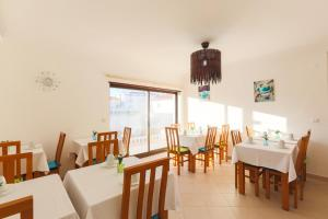 West Side Guesthouse, Ostelli  Peniche - big - 36