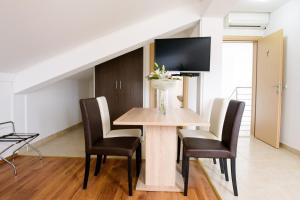 Apartments Deak, Apartmány  Janjina - big - 108
