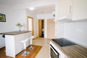 Apartments Deak, Apartmány  Janjina - big - 62