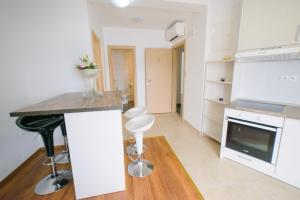 Apartments Deak, Apartmány  Janjina - big - 113