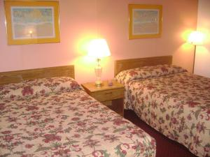 Double Room with Two Double Beds-Non Smoking