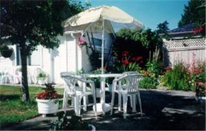 Cadboro Bay Bed &amp; Breakfast