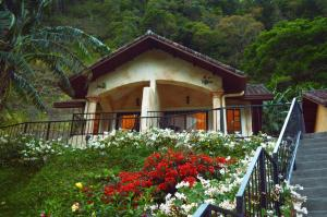 Bungalow with Garden View - Room Only