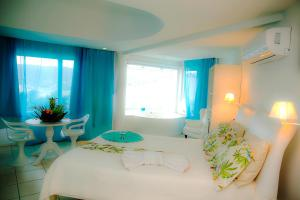 Master Room with Balcony and Seaview