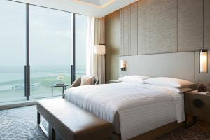 Executive Premier Room with Lake View
