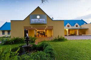 Protea Hotel by Marriott Chingola, Szállodák  Chingola - big - 1