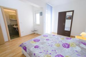 Apartments Deak, Apartmány  Janjina - big - 120
