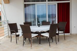 Apartments Deak, Apartmány  Janjina - big - 61