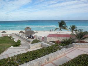 Photo of Bachelor Party Destination Cancun