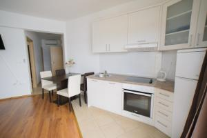 Apartments Deak, Apartmány  Janjina - big - 106