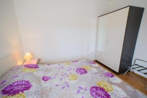 Apartments Deak, Apartmány  Janjina - big - 77