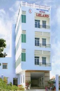 Photo of Leland Hotel