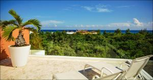VIENTO - Two-Bedroom Apartment with Sea View