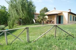 Agriturismo QuartoPodere, Farm stays  Magliano in Toscana - big - 35