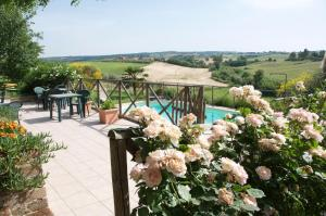 Agriturismo QuartoPodere, Farm stays  Magliano in Toscana - big - 1