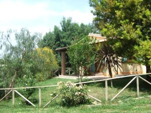 Agriturismo QuartoPodere, Farm stays  Magliano in Toscana - big - 8