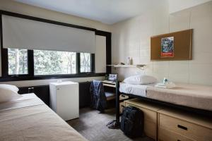 Room with Two Single Beds with Shared Bathroom