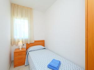 Apartment Puigmal 138 E1, Appartamenti  Empuriabrava - big - 4