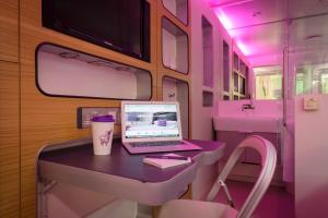 Yotel Gatwick Airport - 16 of 16