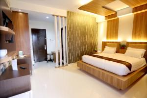 Photo of Hotel Grand Permata Hati