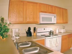 Apartment Poinciana.3, Apartmanok  Kissimmee - big - 4