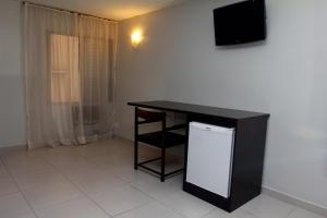 Standard Triple Room (2 Beds)