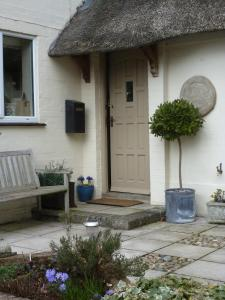 Apple Tree Cottage B&B in Tisbury, Wiltshire, England