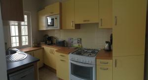 Three-Bedroom Holiday Home (6 People) - 21