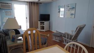 Apartment with Sea View Unit 206