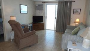 Apartment with Sea View Unit 207