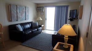 Apartment with Sea View Unit 306