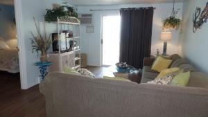 Apartment with Sea View Unit 309