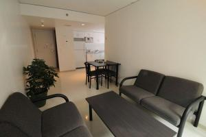 One Double Bedroom in a Two-Bedroom Shared Apartment - Shared Bathroom