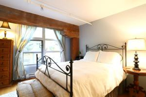 Photo of Spear Apartment #121