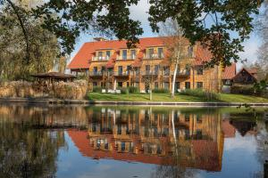 Photo of Hotel Strandhaus   Zimmer & Suiten Im Spreewald