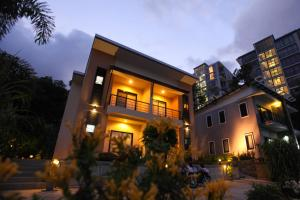 Photo of U Ra Guesthouse