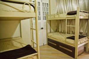 Dormitory Room (8 Adults)