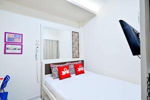 Photo of Zen Rooms Cideng Barat