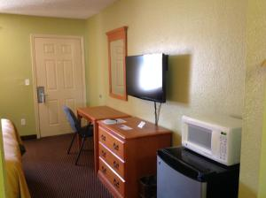 Americas Best Value Inn Pryor, Motelek  Pryor - big - 7