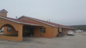 Photo of Executive Inn Mineral Wells