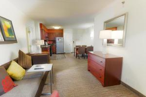 Residence Inn Fort Worth Alliance Airport, Hotely  Roanoke - big - 12