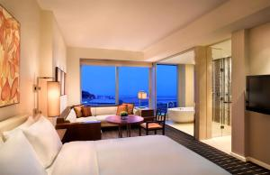 Grand Offer - Grand Deluxe King Room