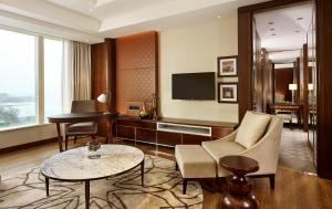 Regency Executive-suite