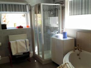 Keats Cottage, Bed and Breakfasts  Shanklin - big - 45