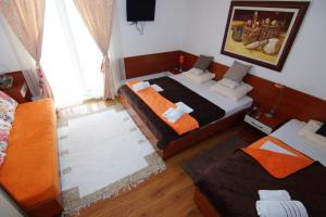 Apartments and Rooms Villa Gaga 2, B&B (nocľahy s raňajkami)  Budva - big - 86