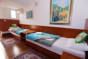 Apartments and Rooms Villa Gaga 2, B&B (nocľahy s raňajkami)  Budva - big - 42