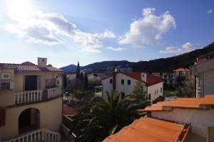 Apartments and Rooms Villa Gaga 2, Bed & Breakfasts  Budva - big - 75